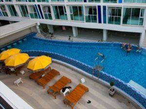 R-Con Blue Ocean Hotel Pool
