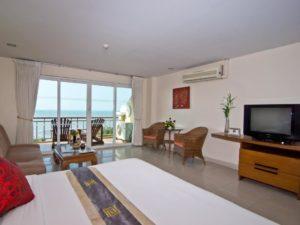 Bella Villa Cabana Room