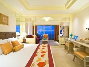Royal Cliff Beach Hotel Room